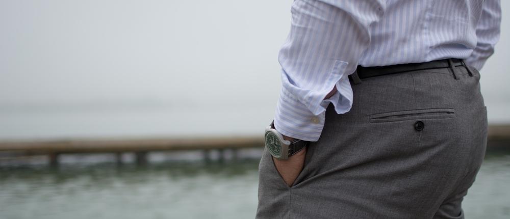 man standing in custom fit dress pants_pepi bertini